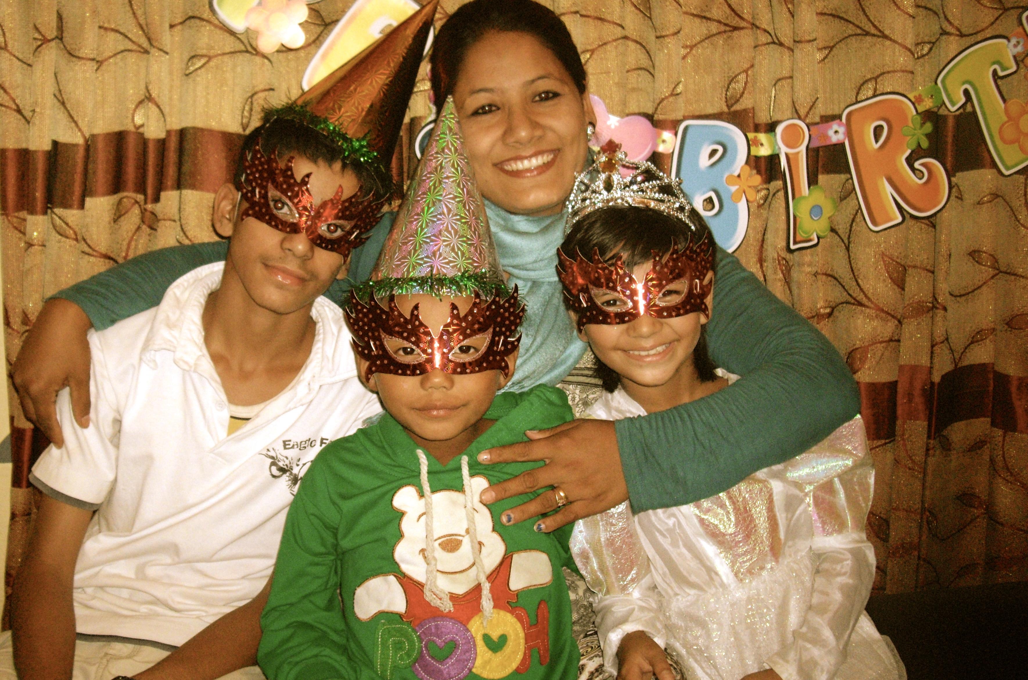 Fødselsdagsbørn med Uma