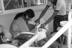 Tandlægebesøg-er-en-ny-oplevelse-for-børnene